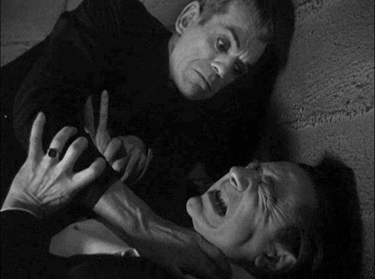 Karloff and Lugosi hand fight 2