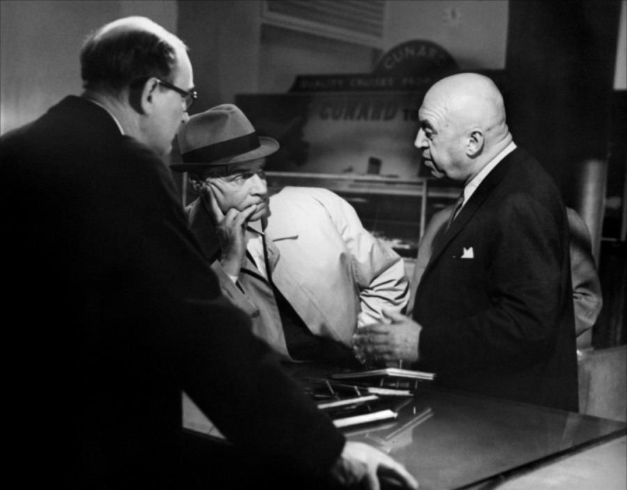 Otto Preminger and Laurence Olivier on the set of Bunny Lake