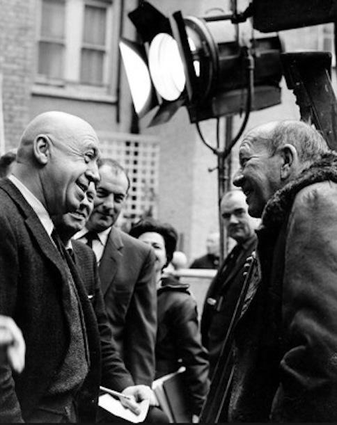 Preminger and Noel Coward on the set of Bunny Lake