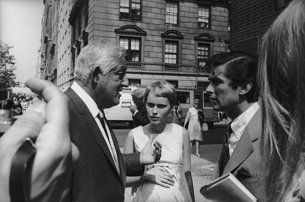 Left tor right, William Castle, Mia Farrow, and Robert Evans during the production of ROSEMARY'S BABY, 1968.