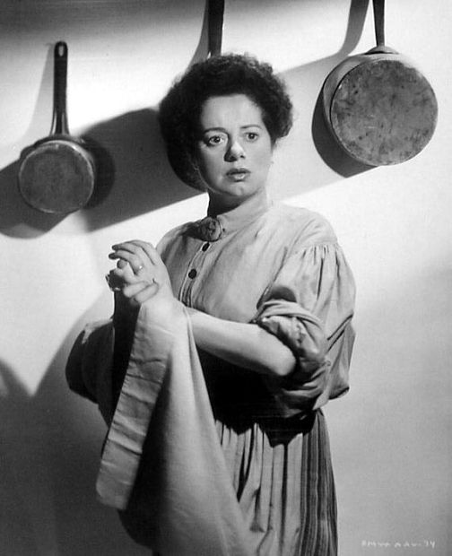 Elsa Lanchester in The Spiral Staircase