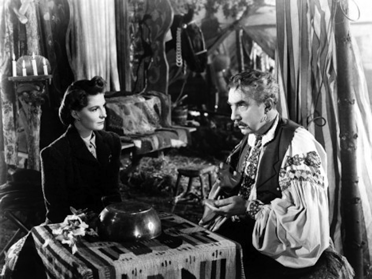 Fay Helm with Bela the gypsy in The Wolf Man
