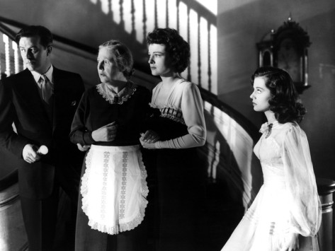 the-uninvited-ray-milland-ruth-hussey-gail-russell-1944