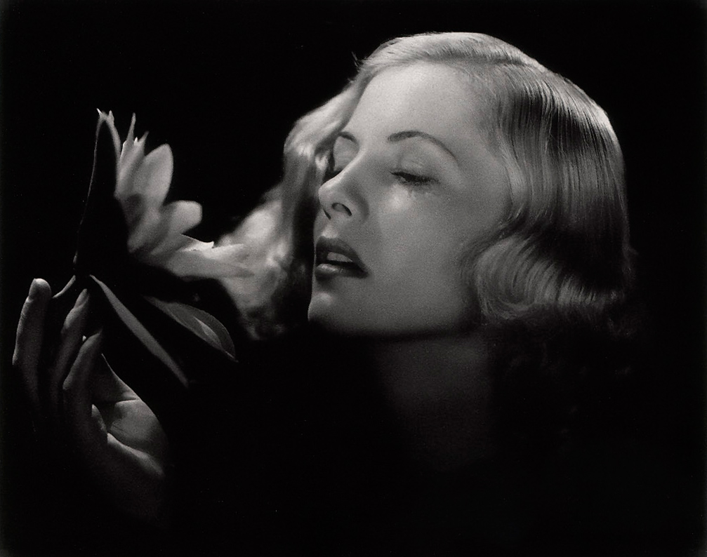 Legendary-Actress-Joan-Fontaine-Dies-at-96-1215-1