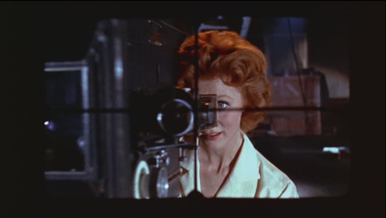 peepingtomb