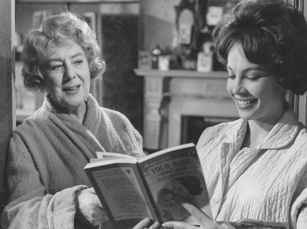 l-shaped-room-1962-001-cicely-courtneidge-smiling-looking-at-leslie-caron