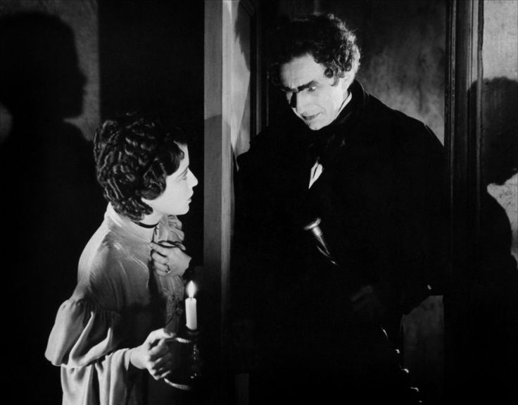 Sidney Fox and Bela Rue Morgue