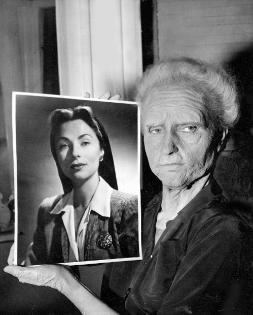 013-agnes-moorehead-theredlist-Agnes Moorehead for The lost moment directed by Martin Gabel, 1947