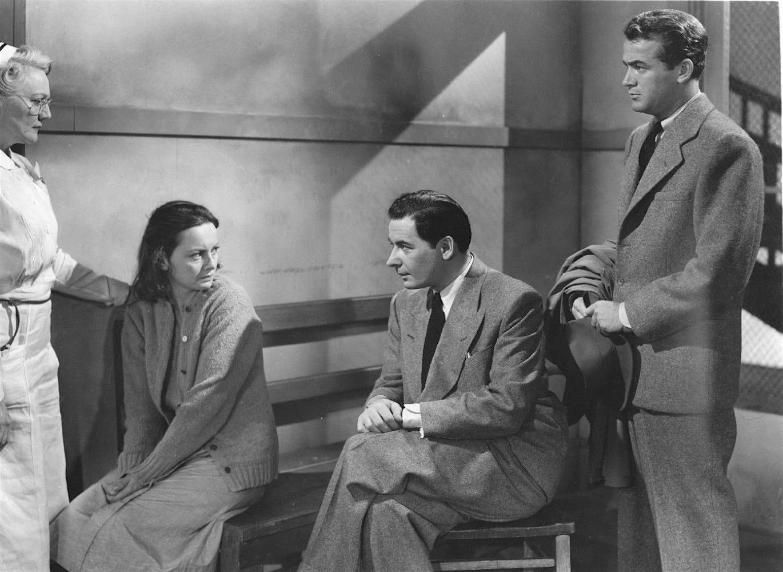 Esther Somers, Olivia de Havilland Leo Genn and Mark Stevens The Snake Pit 1948