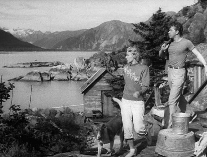 1950-flying-saucer-pat-garrison-mikel-conrad