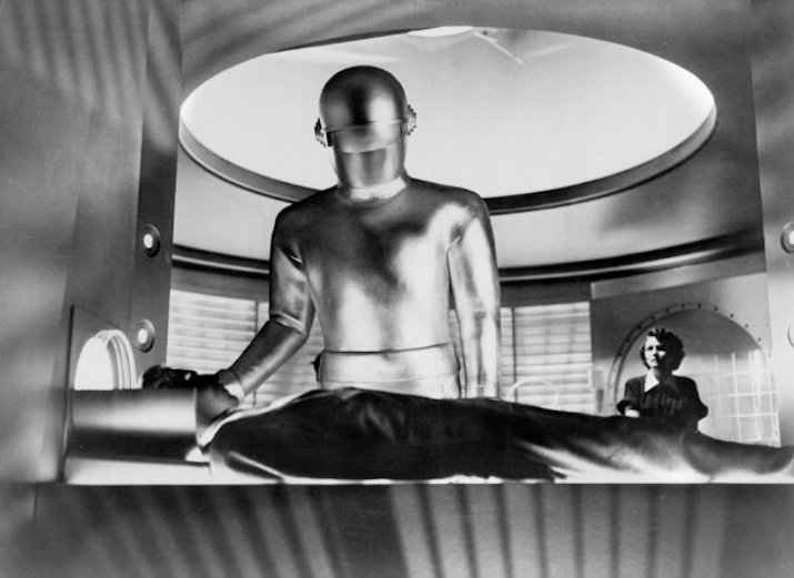 Day the Earth STood Still -the resurrection of Klaatu:Christ