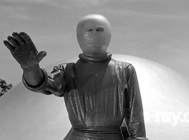 Day the Earth Stood Stilll-Klaatu comes in peace