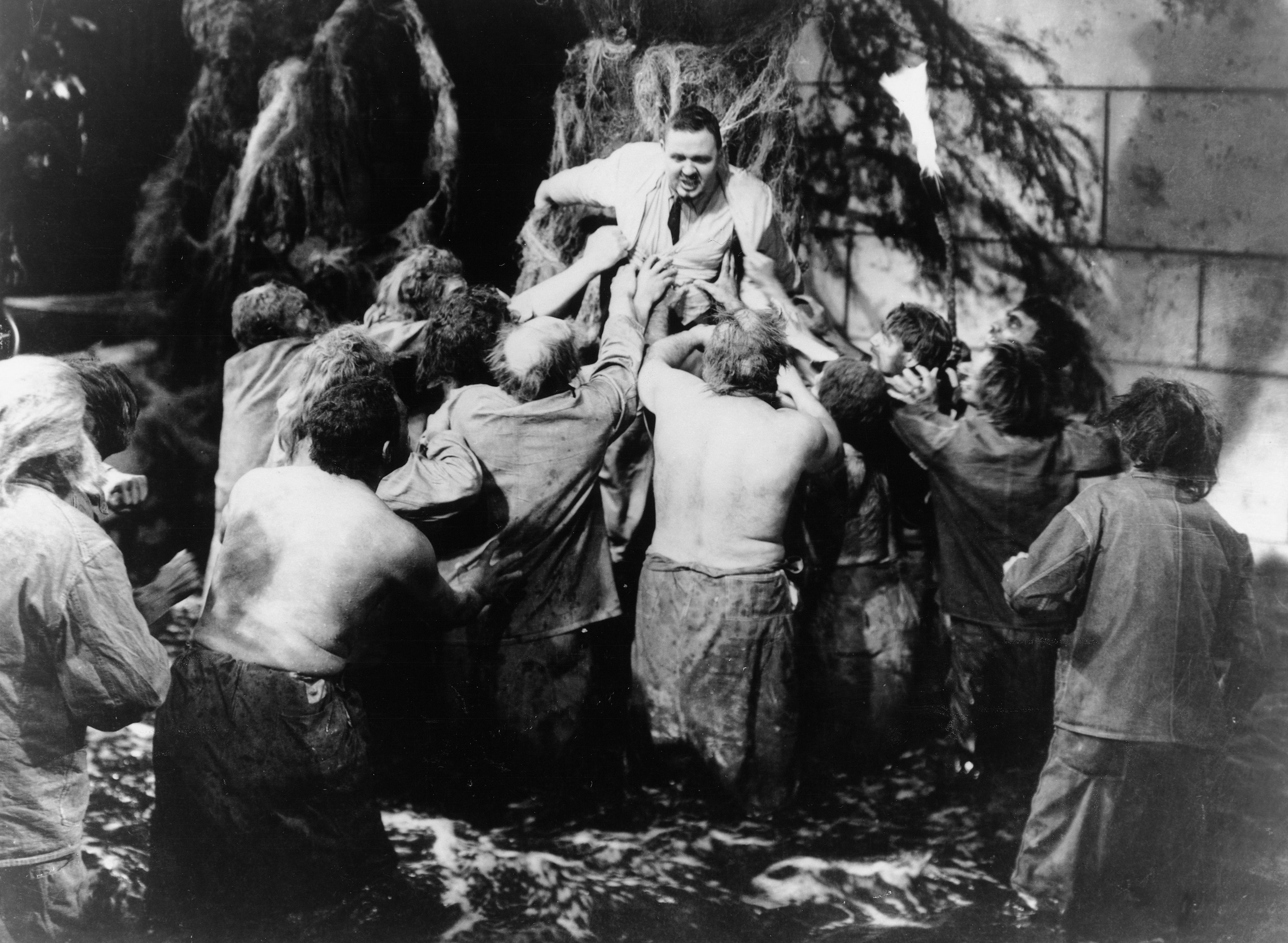 Island-of-Lost-Souls 1932