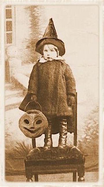 creepy-halloween-pic